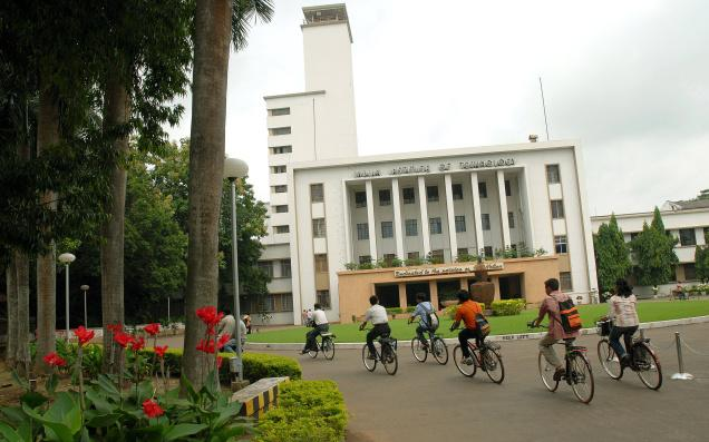 IIT-Kharagpur Crosses 1000 Mark in the First Placement Season
