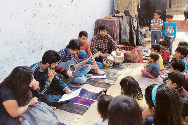 IIT-Delhi's Music Masti Brings Cheers to Slum Kids